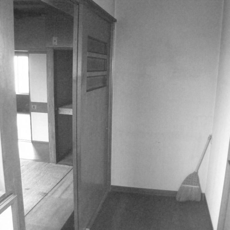 2F 洗面所 廊下 ビフォー